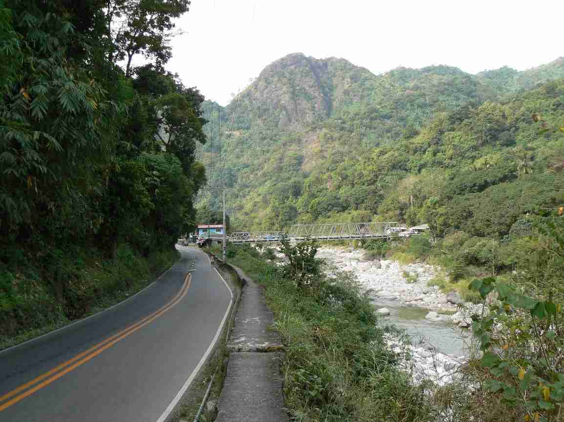On the Kennon Road on the way to Baguio City