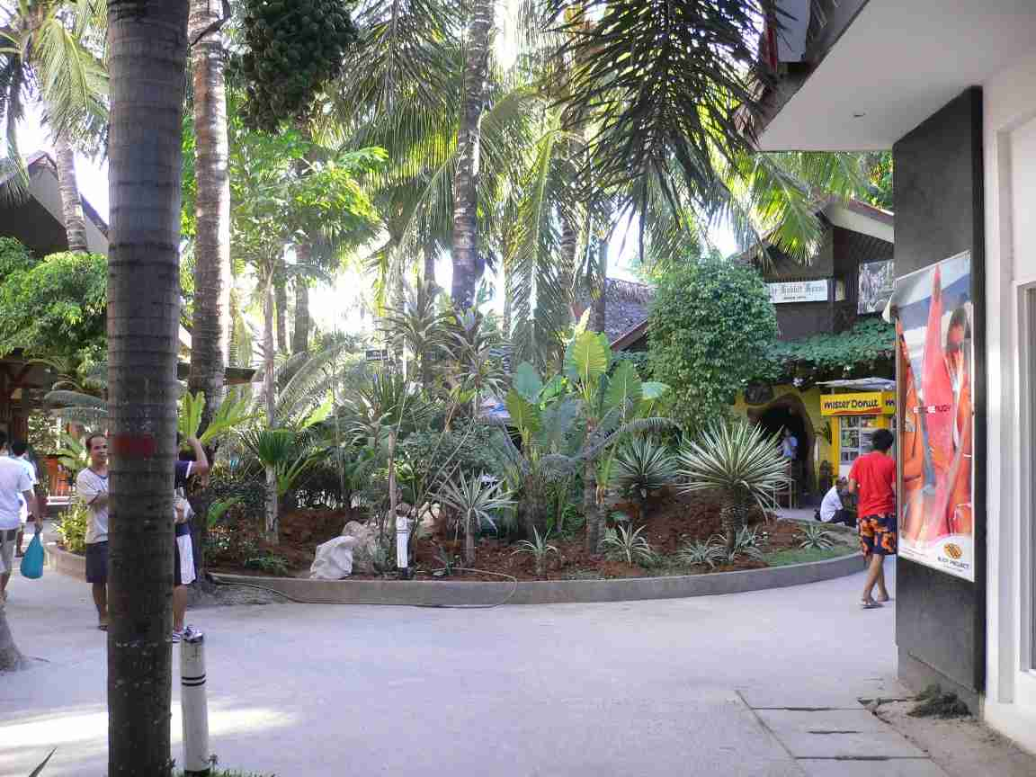 Entrance to the mall on Boracay