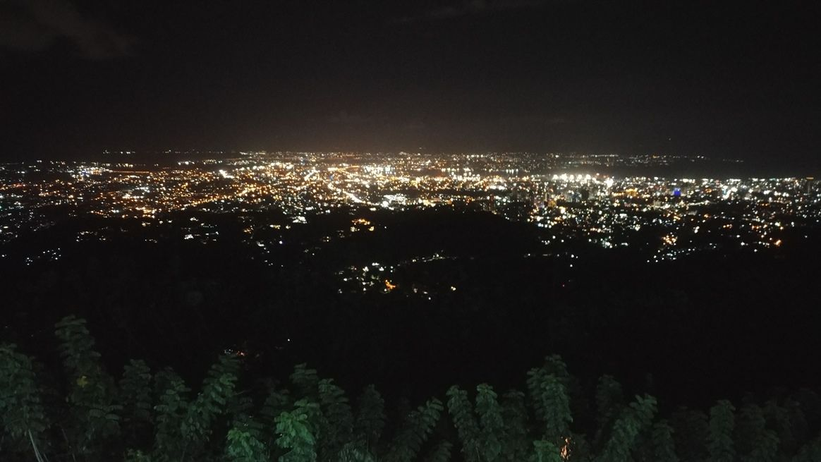Night view of Cebu City from Tops